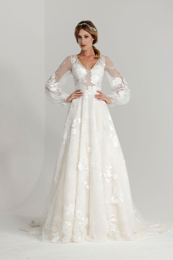 Original online hier Entdecken Sie die neuesten Trends Wedding dress Dominique / Bridal fashion by Mery's Couture ...